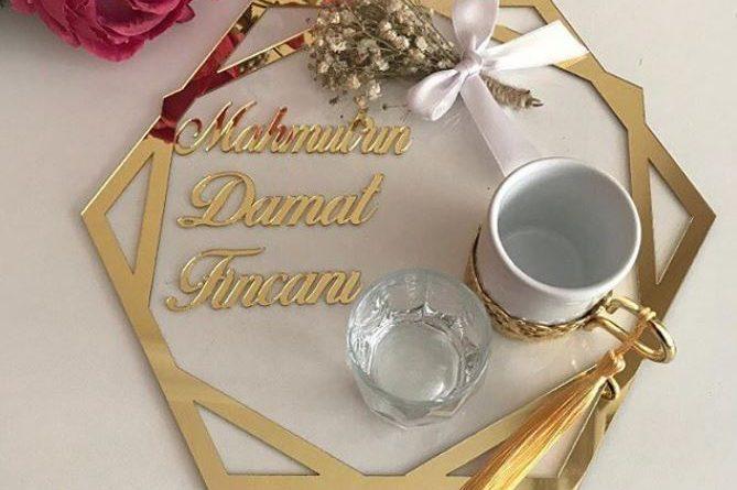 gold-damat-kahvesi-fincani-seti